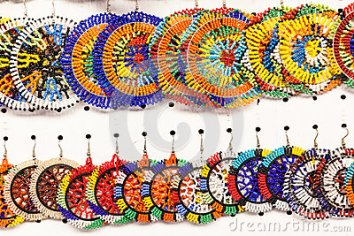 african-beading-jewellery-colors-29613377