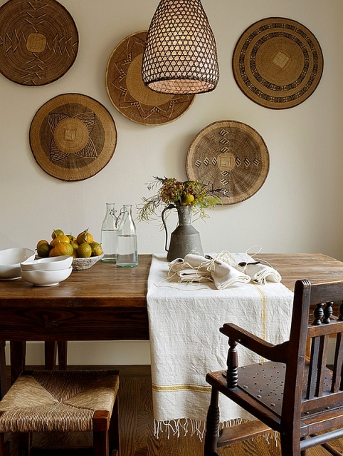 Beautifully-arranged-African-baskets-in-the-dining-room.jpg