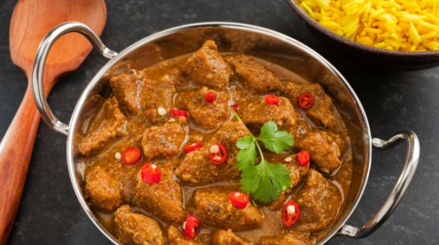 pork-curry-625_625x350_81441617025.jpg
